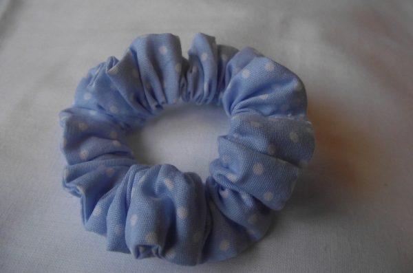 Chouchous -bleu clair à pois blancs 10€ les  4