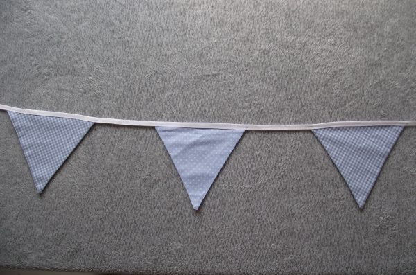 Guirlande de fanions – 1m20 – 5F