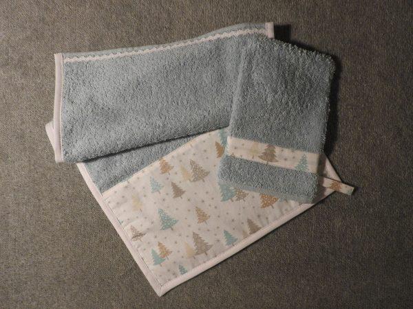 Serviette invité et son gant de toilette assorti – sapins